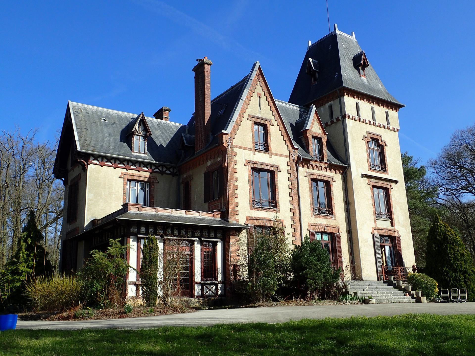 Propriété manoir 28 Ha vue Seine - Essonne