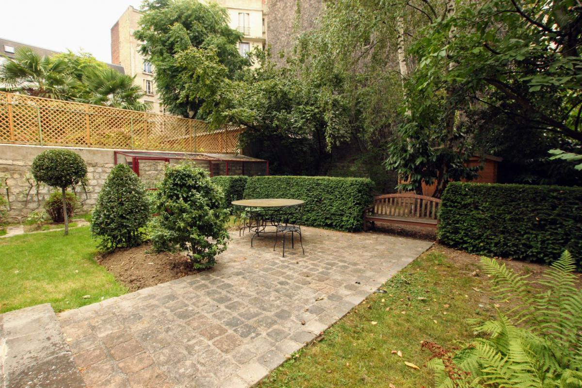 Maison 260m2 env. 5 ch jardin garage droits à construire